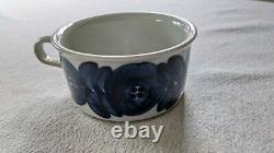 ARABIA FINLAND Ulla Procope Anemone Blue Demitasse Coffee Teacup Saucer Set of 6
