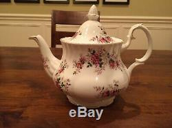 Royal Albert Bone China Lavender Rose 6 Piece Tea Set