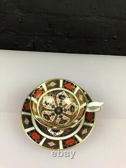 Royal Crown Derby Old Imari 1128 Footed Elizabeth Tea Cup and Saucer (Lot 3)