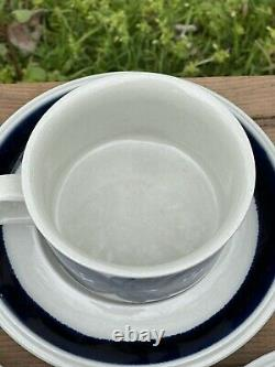 Set Of 3 Arabia Finland Anemone Teacups And Saucers